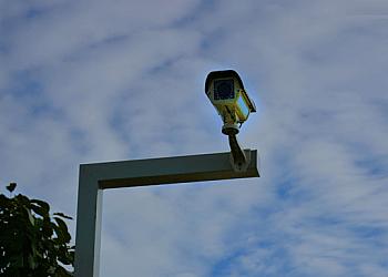 Serviço de alarmes monitorados 24 horas