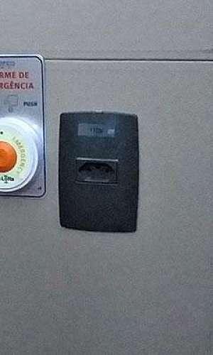 Alarmes monitorados sem fio para limpeza