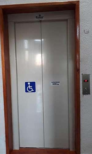 Elevador residencial simples