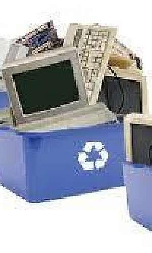 Reciclagem de monitor LCD