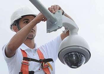 Serviços instalar câmera de segurança